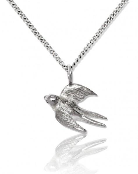 Zauberhafte Silberkette mit Anhänger Schwalbe aus Silber an Frau verschenken