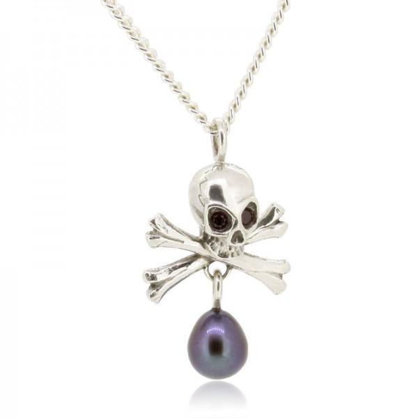 Lässige Kette mit Anhänger Totenkopf und einer Perle als Kontrast