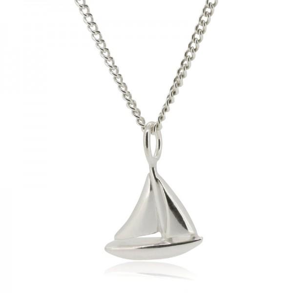 Stylische Silberkette mit Anhaenger Segelboot aus Silber fuer dein maritimes Outfit.