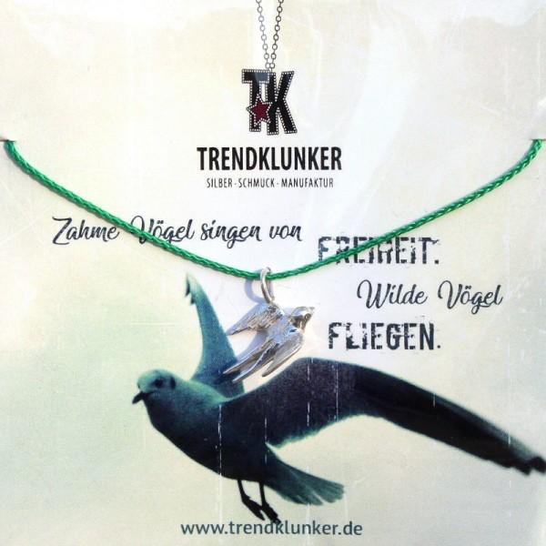 hochwertige Geschenkkarte mit Garnkette Schwalbe mit passendem Spruch, handgemacht in Deutschland