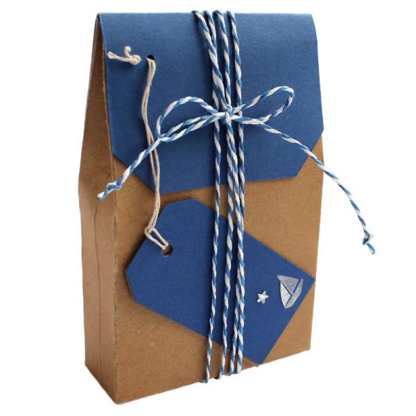 Geschenkverpackung Segelboot