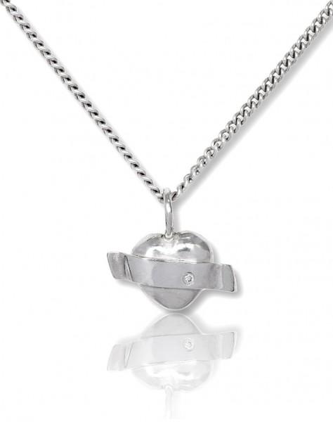 Silberkette mit Anhaenger Herz mit einer Banderole - handgemacht in Deutschland nur für dich!