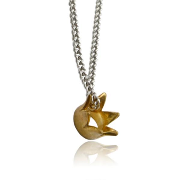 Suesser Krone Kroenchen Ketten Anhaenger aus Gold an einer Silberkette fuer dein dezentes Business Outfit.