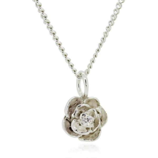 Silberkette mit einem Anhänger Rose - handgemacht in Deutschland und einfach online kaufen bei Trendklunker.