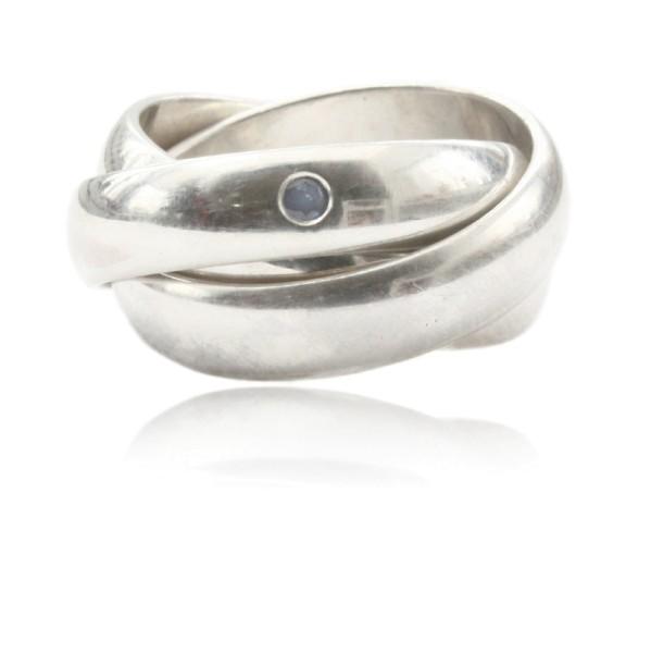 Stylischer Silber Dreifachring mit einem Saphir - perfekt fuer dein taegliches Outfit!
